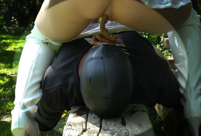 Nasty outdoor feeding
